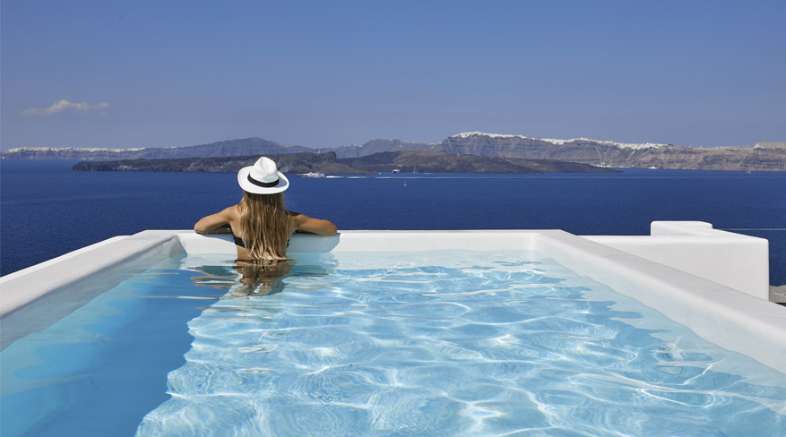 Prestige Suite with Heated Infinity Pool & Caldera Sea View